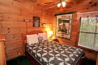 bedroom view of cabin 9 eagles nest at eagles ridge resort at pigeon