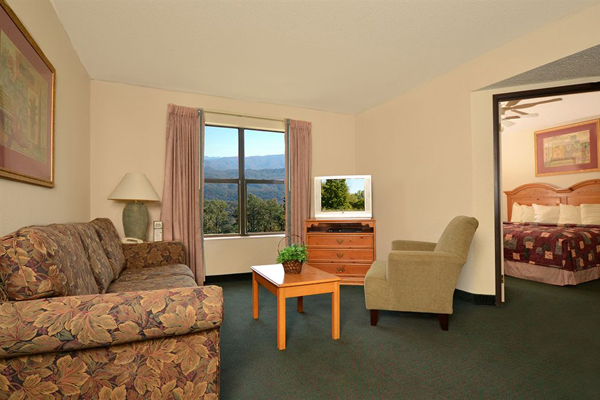 449 pigeon forge all seasons suites 6 days spring break for All season rooms