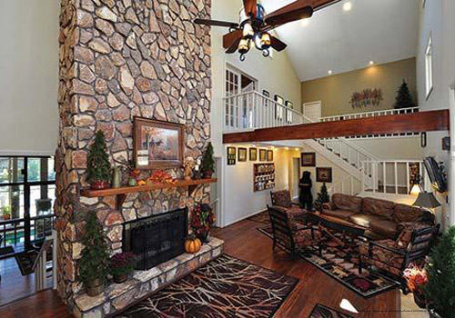 blue ridge chat rooms Book the best north georgia cabin rentals browse luxury cabins in ellijay and blue ridge stay with the georgia mountain vacation experts.
