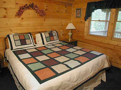 Country Decor In One Of The Bedrooms At The Eagles Ridge In Pigeon Forge Tennessee