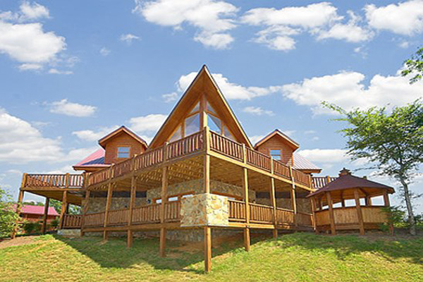 449 summer vacation in a 2 bedroom cabin in gatlinburg for Deals cabins gatlinburg tn