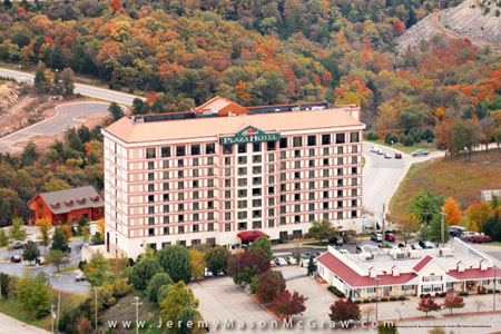 99 Branson 4 Days Grand Plaza Hotel Cheap Vacation