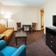 Holiday Inn Express and Suites Mt. Pleasant TV room