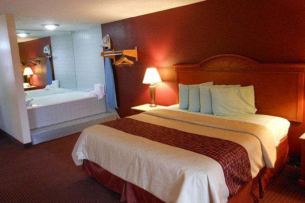 pigeon forge inn and suites in pigeon forge deluxe hotel rooms