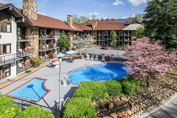 Free easter gatlinburg vacation at river edge motor lodge for Motor lodge gatlinburg tn