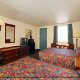 Large Double Room with TV and mountain view at the Rodeway Inn, Pigeon Forge's pet friendly lodging!