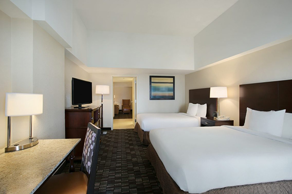 New orleans vacations the embassy suites vacation deals - Suites in new orleans with 2 bedrooms ...