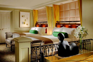 venetia chat rooms Looking for the best las vegas hotel suites discover the comfort & beauty of the venetian when you stay in one our spacious, luxury rooms call to book.