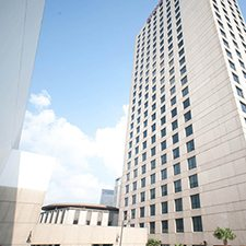 $1 | Hilton Riverside Hotel | Easter New Orleans Vacation | Deluxe Hotel Room | 3 Day 2 Night | Discount Hotel Rate