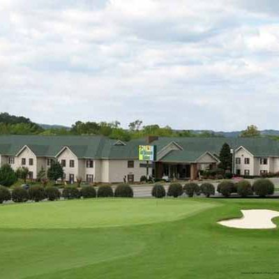$259 (All Inclusive) | 4 Days 3 Nights | Pigeon Forge, TN | Labor Day Vacation Package | All Seasons Suites | 1 Bedroom Suite | Free $25 Dining Dough