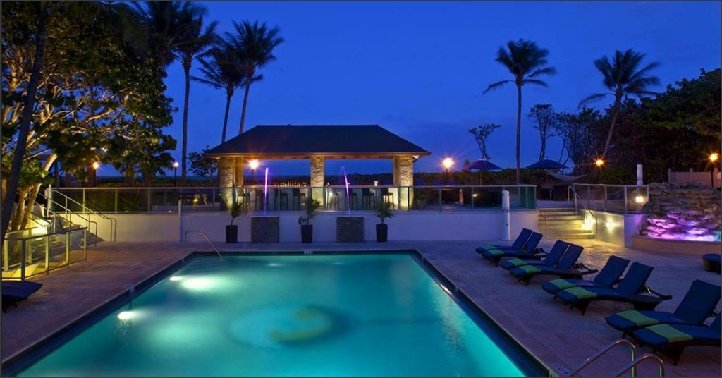 $179 | Cocoa Beach, FL | Christmas Getaway Package | 3 Days 2 Nights | International Palms Resort | Free $100 Dining Card