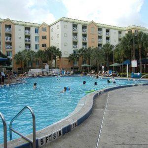 $179 | HOLIDAY INN RESORT ORLANDO AT SEAWORLD | MOTHERS DAY | ORLANDO