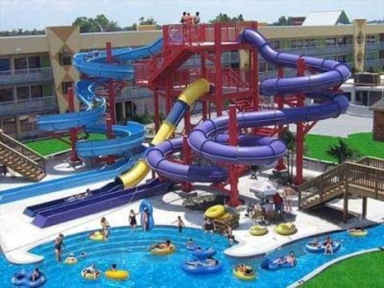 Orlando Fl Last Minute Vacation The Clarion Resort Hotel And Water Park In