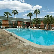 $79 ( All Inclusive ) | 4 Days 3 Nights | Charleston SC | Weekend Getaway Special | Sleep Inn Mt. Pleasant | 2 FREE  City Tour Tickets