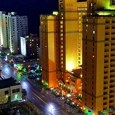 $779 | Myrtle Beach, SC | Ocean Front Condo | Spring Break Vacation Package Special | 1 Bedroom Condo | 5 Days 4 Nights | The Anderson Ocean Club And Spa | 2 Free Ripley's Aquarium Tickets | Free $200 Dining Dough