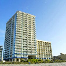 $99 | Myrtle Beach | Family Christmas Getaway | Package Deal | 3 Days 2 Nights | Best Western Carolinian | 1 Bedroom Suite | $25 Dining Dough
