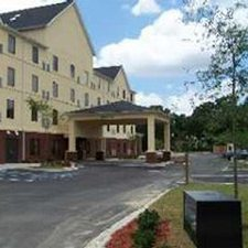 $299 | Hawthorn Suites by Wyndham | Summer Charleston Vacation | Studio Suite | 5 day 4 night | $25 Dining Dough