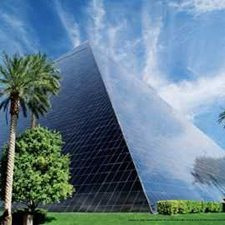 Las Vegas Vacations - The Luxor Hotel vacation deals