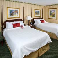 $239 | Fort Magruder Hotel & Conference Center | Summer Williamsburg Vacation | Deluxe Hotel Room | 5 day 4 night | $100 Dining Dough