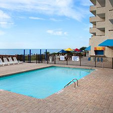 $159 | BlueWater Resort | Easter Myrtle Beach Vacation | Deluxe Hotel Room | 4 day 3 night | $100 Dining Dough