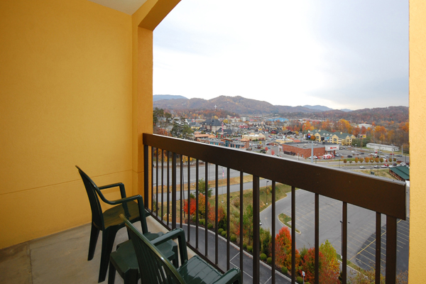 pigeon forge vacation deals for the hotel comfort suites stay in a